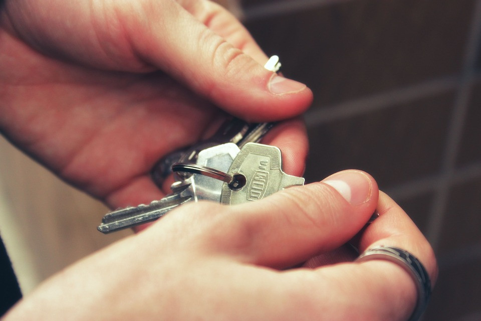 Keys to the new apartment in Barcelona