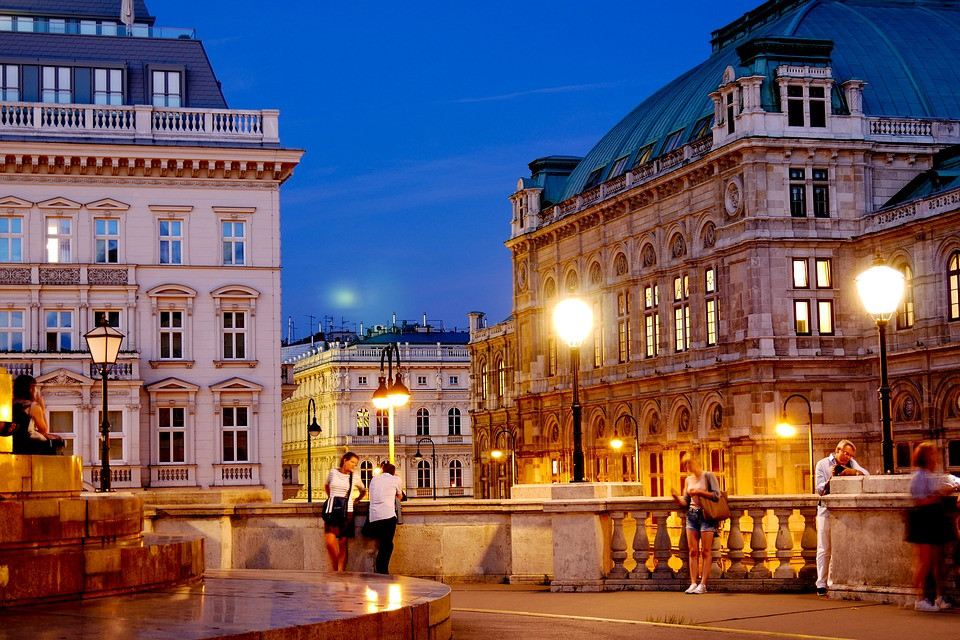 Vienna 9th happiest city in europe