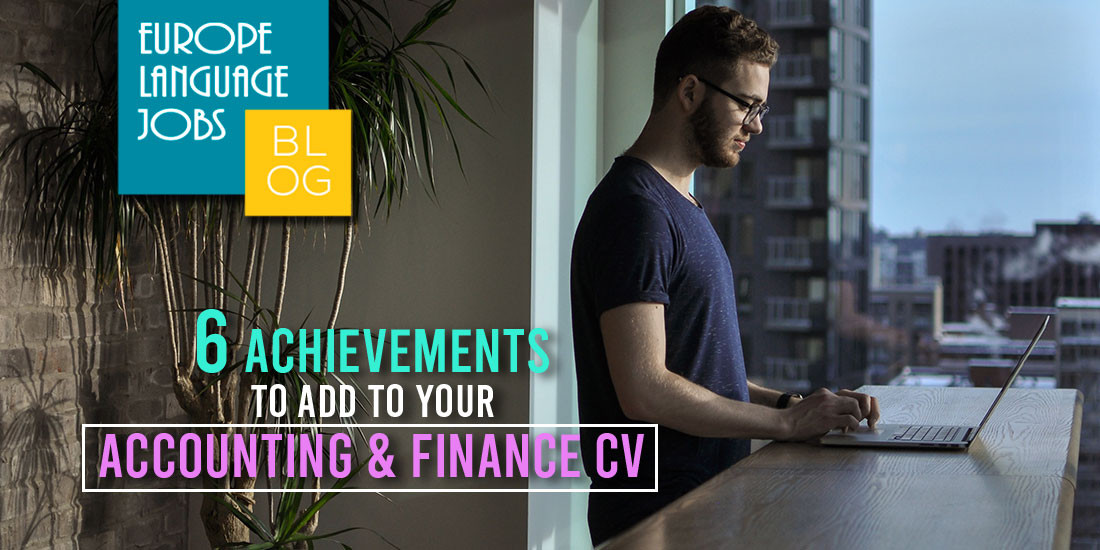 accounting and finance cv guy on laptop blog